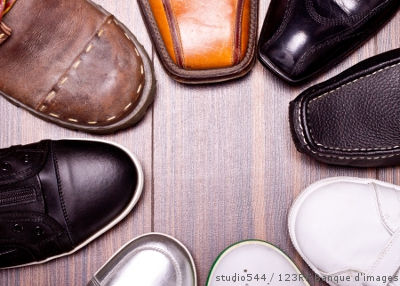 collection de chaussures en cuir
